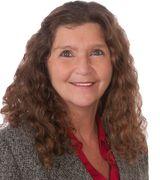 Carolyn Broo…, Real Estate Pro in Spring Park, MN