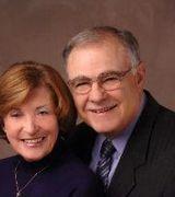 Eileen & Tim Kandianis, Agent in Sandwich, MA