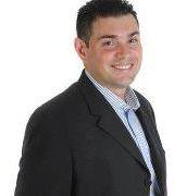 Walter Vivan…, Real Estate Pro in Miami, FL