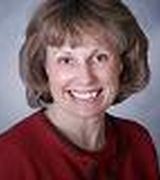 Suzanne Matthews, Agent in Strasburg, VA