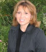 Tina Moore, Agent in Greenwood Village, CO