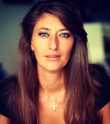 Daniella Fernicola, Agent in Miami Beach, FL