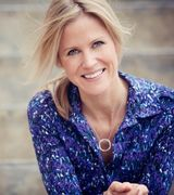 Julie Dickson, Agent in Chapel Hill, NC