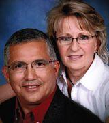 Rick and Sharon Martinez, Agent in Victoria, TX