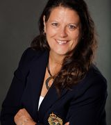 Gina Mezzenga…, Real Estate Pro in Norht Oaks, MN