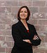 Tina Llorente, Real Estate Pro in York, PA