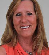 Pamela Volek, Agent in Bayville, NY
