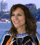 Yasmin Maffud Bauer, Real Estate Agent in Minneapolis, MN