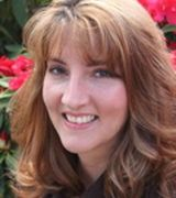 Penny Yaw, Agent in Oregon City, OR