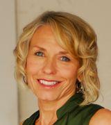 Pam Howard, Agent in Edina, MN
