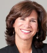 Cindy Gilhuly, Real Estate Pro in Madison, CT