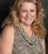 Linda Landrum, Agent in Tiki Island, TX