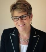 Terri Sparks, Real Estate Agent in Maplewood, MN