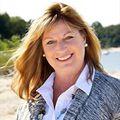 Maria Lanzisero, Real Estate Agent in Huntington