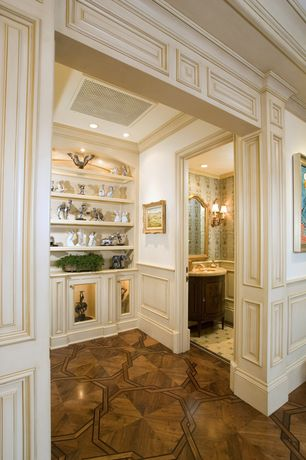 Traditional Hallway with Crown molding, Wainscotting, Laminate floors