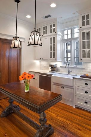Traditional Kitchen with Complex marble counters, Pendant light, Standard height, Crown molding, full backsplash, Paint 1
