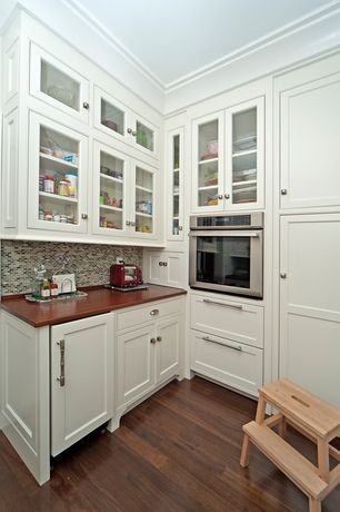 Craftsman Kitchen with Merola Tile Spectrum Mini Subway Fortress Mosaic Tile, Paint 1, Wood Countertops in Sapele Plank