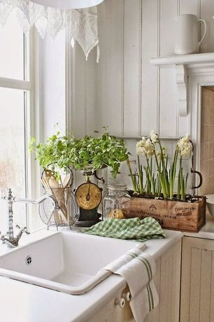 Cottage Kitchen with Wood Planter Box with Liner 11.75in, Williams-Sonoma Vintage Kitchen Scale, Paint