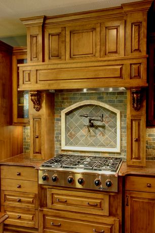 Rustic Kitchen with Roterra slate mosaic - slate mosaics multi raja, Raised panel, Stone Tile, Slate Tile, L-shaped