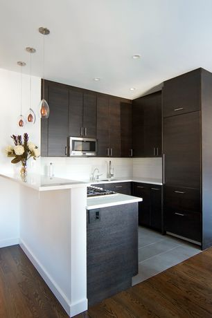 Modern Kitchen with Undermount sink, Oak - Forest Brown 5 in. Solid Hardwood Wide Plank, European Cabinets, Specialty Tile