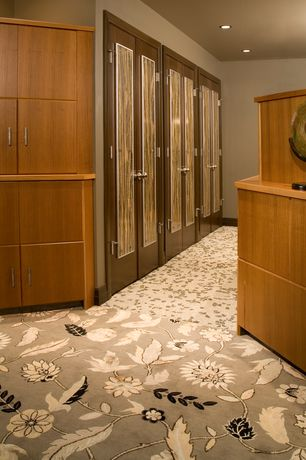 Contemporary Closet with Carpet, can lights, Standard height