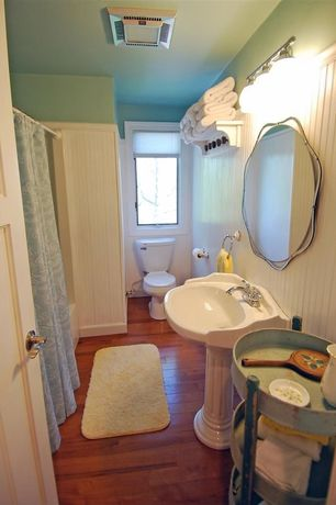 Cottage Full Bathroom with Pedestal sink, Domain Shades of Blue Paisley Medallions on White Shower Curtain, Wainscotting