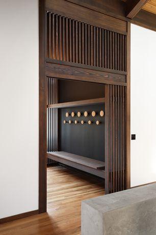 Contemporary Mud Room with Built-in bookshelf, Hardwood floors