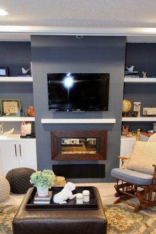 room with Carpet, flush light, Built-in bookshelf
