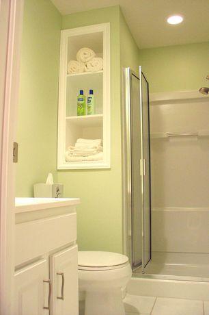 Contemporary 3/4 Bathroom with Daltile Sierra Rainier Ceramic Floor And Wall Tile, Handheld showerhead, limestone tile floors