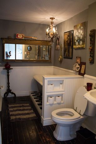 Cottage 3/4 Bathroom with Chandelier, Wainscotting, 5' Clawfoot Tub with Black Exterior, Hardwood floors, Pedestal sink
