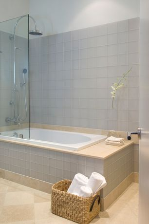 Modern Full Bathroom with tiled wall showerbath, flat door, Handheld showerhead, Full Bath, Standard height, Shower