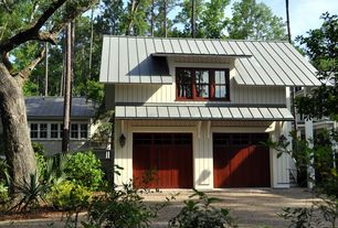 Craftsman Garage with Paint 2, Wall sconce, 16 ft. classic rib steel roof panel in charcoal, Casement, Paint, Standard height
