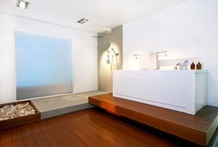 Tropical room with Handheld showerhead, flush light, Standard height, Bathtub, Rain shower, Master bathroom, Hardwood floors