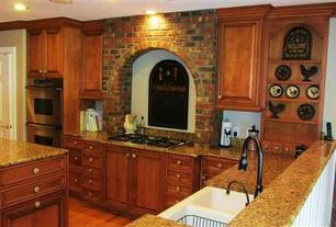 Country Kitchen with Desert gold granite, M rock interior brick wall