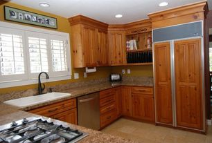 Country Kitchen with Framed Partial Panel, U-shaped, Standard height, electric cooktop, can lights, Raised panel, Casement
