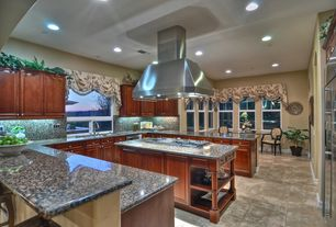 Traditional Kitchen with single dishwasher, Built In Refrigerator, Undermount sink, Casement, electric cooktop, Raised panel