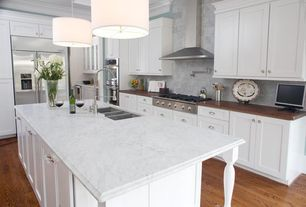 Traditional Kitchen with Flat panel cabinets, Undermount sink, ILEX lighting Drum Pendant with White Cord, Crown molding