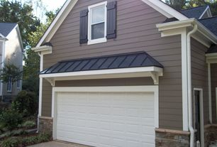 Cottage Garage with Standard height, double-hung window, Concrete floors
