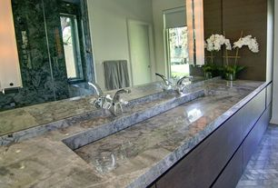 Contemporary Master Bathroom with Arizona Tile, Super White, Marble
