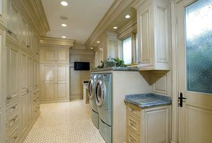 Traditional Laundry Room with Casement, Carpet, Glass panel door, Crown molding, laundry sink, can lights, Standard height