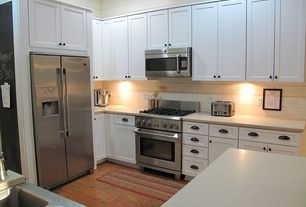 Traditional Kitchen with Built In Refrigerator, Simple granite counters, Multiple Sinks, Dynasty hardware bin pull, U-shaped
