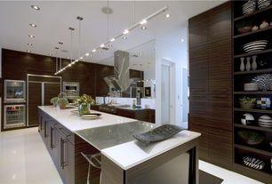 Contemporary Kitchen with Undermount sink, Pendant light, Dura Supreme Cabinetry Soho - Horizontal Panel, Quartz counters