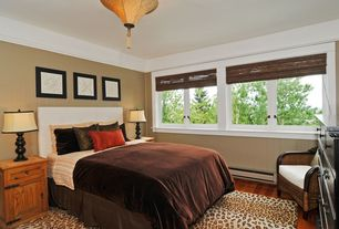 Craftsman Guest Bedroom with flush light, specialty window, Wainscotting, Standard height, Chair rail, Crown molding