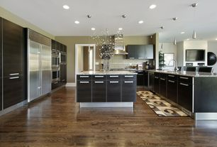 Contemporary Kitchen with Undermount sink, Oak - Forest Brown 5 in. Solid Hardwood Wide Plank, European Cabinets, Flush