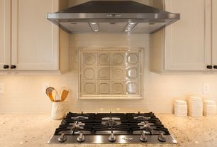 Traditional Kitchen with 5TH AVENUE