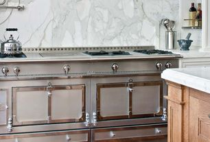 Traditional Kitchen with Ms international - calacatta classic marble, Pot filler, La cornue - chateau 150 range, Raised panel