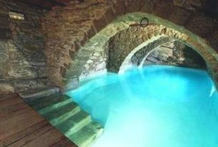 Swimming Pool with Limestone Walls