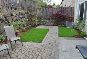 Traditional Landscape/Yard with exterior tile floors, Pathway, Fence, exterior interlocking pavers, Casement