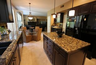 Traditional Kitchen with Breakfast nook, dishwasher, Kitchen island, can lights, Standard height, U-shaped, full backsplash