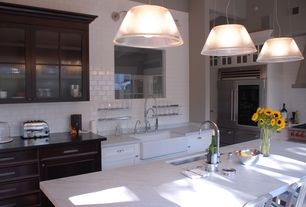 Modern Kitchen with High ceiling, Wall sconce, Breakfast bar, Undermount sink, Kitchen island, Pendant light, Corian counters